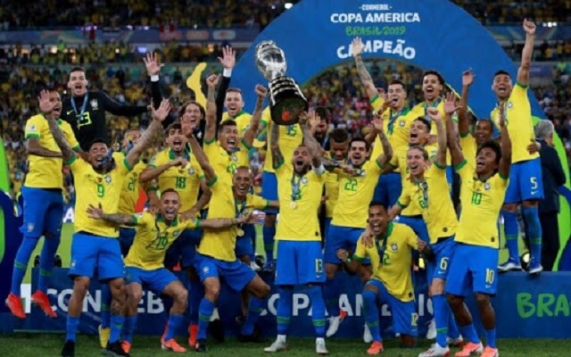 brazil-doi-bong-vo-dich-world-cup-production-in-between-lich-su