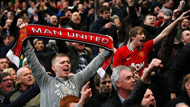fan-Manchester United-va-nhung-hanh-dong-vo-cung-y-nghia